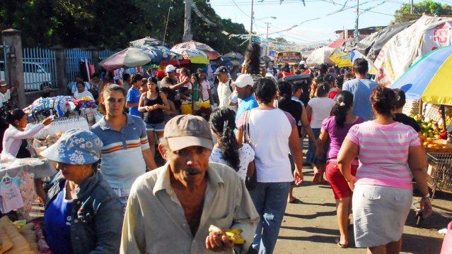 639x360_1291526670_Comercio  Mercados 6