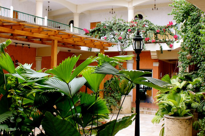 mayaland-plaza-hotel